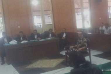 Hakim Tolak Eksepsi Ramadhan Pohan