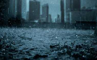 Hujan Deras di Kawasan Hulu, Warga Bantaran Sungai di Medan Diminta Waspada