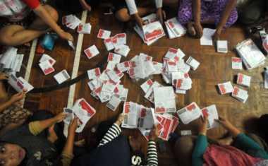 KPU Kulonprogo Temukan 146 Surat Suara Rusak