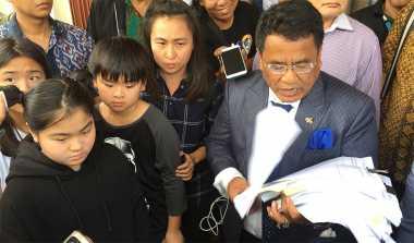 Besok, Chin Chin Berhadapan dengan Suaminya di Pengadilan