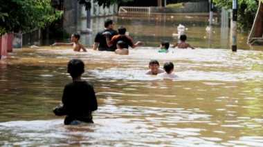 Banjir Kuningan Ancam 3.694 Jiwa, Puluhan Hektare Sawah Tenggelam