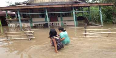 Sungai Cimanuk Meluap, Banjir Indramayu Kian Meluas