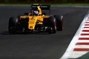 Direktur Teknis Renault Sesumbar Bakal Pecundangi Mercedes di F1 2018