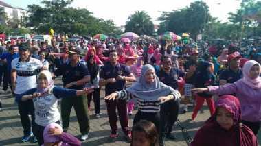 Ribuan Warga Bangkalan Turut Peringati Hari Pers Nasional