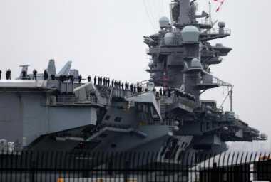 Abaikan China, AS Kirim Kapal Induk ke LCS