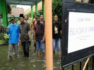 Mojokerto Kebanjiran, Walkot: Ini Merugikan Sekali