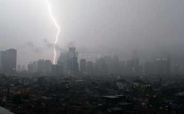 Waspada! Cuaca Ekstrem Melanda Indonesia, Bencana Hidrometeorologi Mengintai