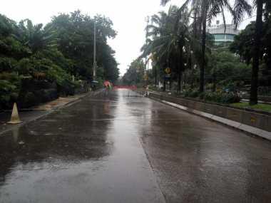 Diguyur Hujan, Massa Pro Maupun Anti-Ahok Belum Tiba di Depan Kementan