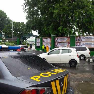 Aksi 212 Jilid II, Pintu Belakang DPR Dijaga Ketat Polisi