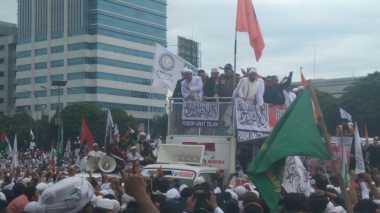 Sambangi Massa Aksi 212 Jilid II, Politikus PDIP Disoraki
