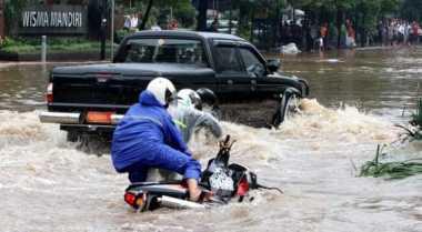 Banjir di Wilayah Poncol Jaya Capai 1 Meter