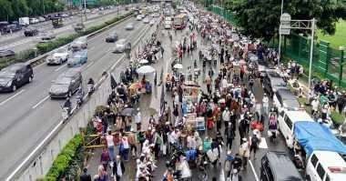 Hindari Massa Aksi 212, Pemotor Nekat Masuk Tol Dalam Kota