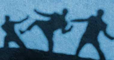Duel Berdarah, Pencuri & Petani Karet Saling Bacok