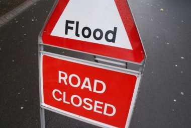 Waduh...Kebanjiran saat Travelling, Ini yang Harus Dilakukan!