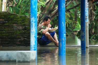 Terus Meluas, Banjir Kepung Mojokerto