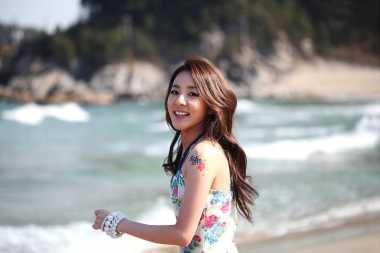 Terungkap! Sandara Park eks-2NE1 Suka Oplos 5 Serum Wajah Sekaligus untuk Awet Muda