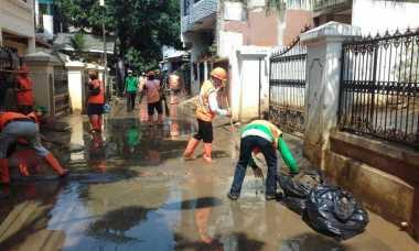 Cipinang Melayu Diguyur Hujan, Warga Takut Kebanjiran Lagi