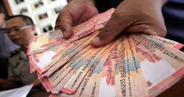 Polisi Musnahkan Uang Palsu Senilai Rp2,4 Miliar