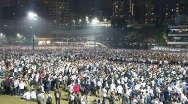 30 Ribu Warga Hong Kong Galang Dukungan Terkait Penahanan Polisi Penganiaya Aktivis