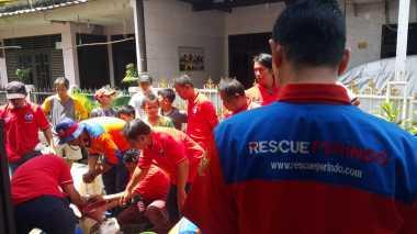 Pasca-Banjir, Partai Perindo Droping Air Bersih untuk Warga Brebes