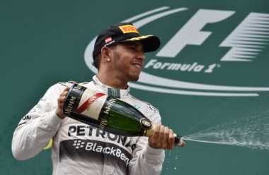 Tanggapan Hamilton Terkait Peraturan Baru dan Red Bull