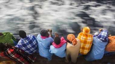 Miris! Tiga Belas Imigran Afrika Ditemukan Tewas di Dalam Truk Kontainer