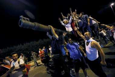 Pasca-Kudeta, Diplomat dan Tentara Turki Cari Suaka ke Jerman