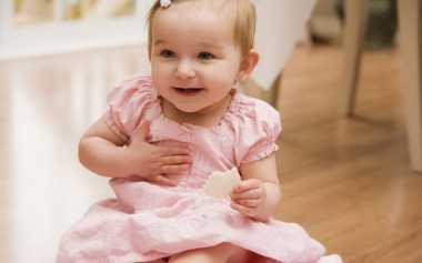 TOP FAMILY 3: Setiap Gerakan Tubuh Bayi Ternyata Punya Makna Lho