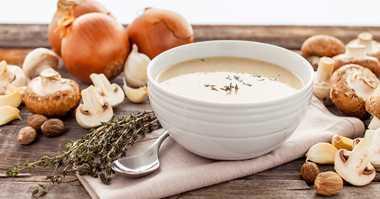 RESEP PILIHAN: Bunda, Bikin Sup Krim Jamur Hangat untuk si Kecil yang Sakit