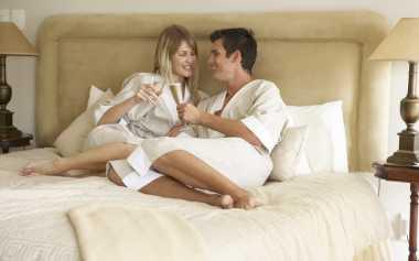 Mau Ereksi Pasangan Lebih Lama? Sstt, Ramuannya Hanya Ini Lho