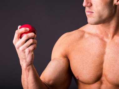 Daftar Buah yang Harus Dikonsumsi untuk Membentuk Otot