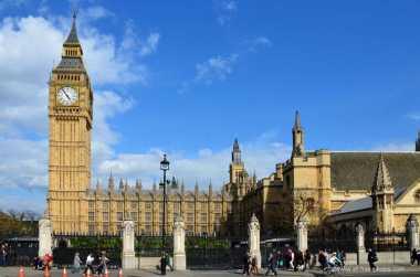 Wah, Kampus Inggris Akui Karya Sembilan Anak Bangsa Ini