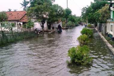 Korban Banjir di Dua Desa Kabupaten Bekasi Butuh Bantuan