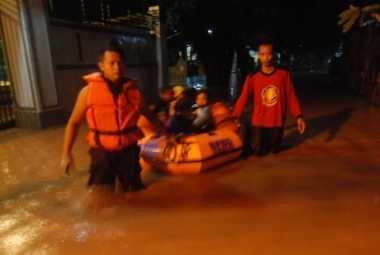 Banjir Setinggi 2 Meter Terjang Jombang