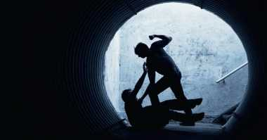 Kejar Penjahat Jalanan, Polisi Mojokerto Dilempar Bom Bonde