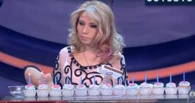 VIDEO: Wow! Wanita Ini Cetak Rekor Dunia Nyalakan Lilin dengan Kaki