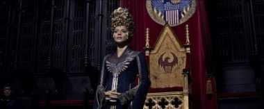 Ini Dia Penampakan Mahkota Pengantin Indonesia di Film ''Fantastic Beast'' yang Masuk Nominasi Oscar 2017