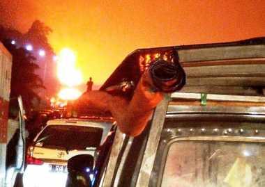 Truk Pertamina yang Terbakar di Tol Jagorawi Bermuatan Premium 32.000 Liter!
