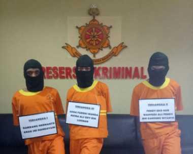 Polisi Berhasil Ringkus Pelaku Pembunuhan Keluarga Juragan Angkot