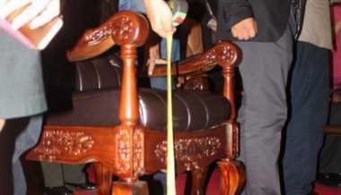Kursi Khusus untuk Raja Salman Ternyata...
