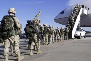 HISTORIPEDIA: Aksi Pertama Militer NATO