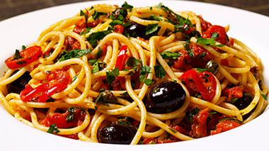 Wah, kalau Spaghetinya Sebanyak Ini, Bisa Buat Orang Sekampung Neh!