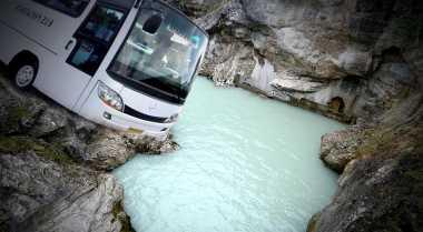 8 Korban Bus Masuk Jurang Masih Dirawat di RSUD Karanganyar