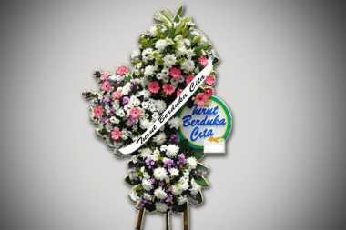2 Korban Kecelakaan Maut di Tawangmangu Dimakamkan Satu Liang