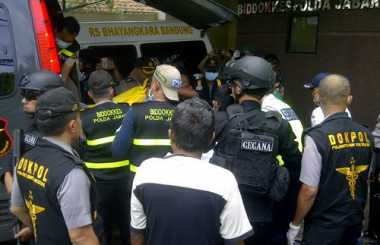 Pasca-penangkapan, Polisi Ternyata Datangi Rumah Pelaku Bom Panci