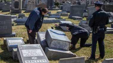 Pemakaman Yahudi Dirusak, Aktivis Muslim AS Bersumpah Membantu