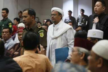SIDANG AHOK: Habib Rizieq Sebut Ahok Terperosok karena Bahas Ayat Alquran