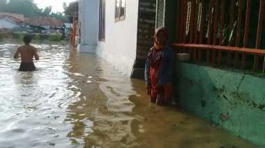 Ketinggian Banjir di Pamekasan Berangsur Surut