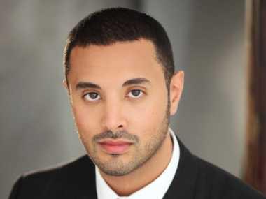 Lulus dari Stanford, Pangeran Tampan Arab Sukses Jadi Pengusaha
