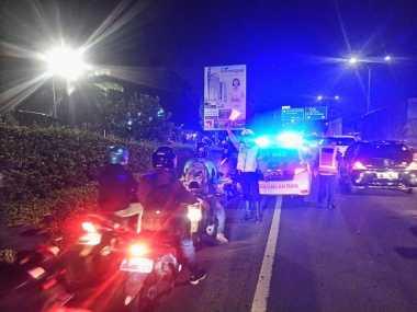 Macet Akibat Banjir di Tanjung Barat Jaksel, Motor Diperbolehkan Masuk Tol